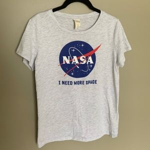 H&M NASA short sleeve graphic top size small